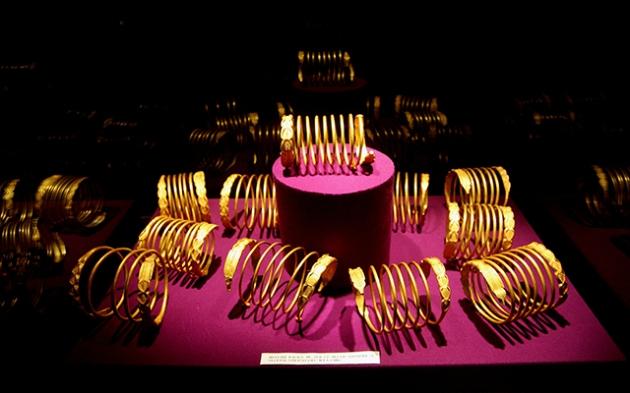 Brățările radionice descoperite la Sarmisegetuza Regia
